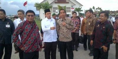 Menerjemahkan Makna Kehadiran Jokowi di NTB