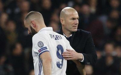 (Bila) Zidane Dipecat, Benzema Ditendang, Madrid Tersungkur!