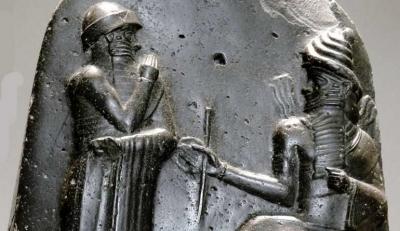 Masihkah Kita di Bawah Telunjuk Hammurabi?