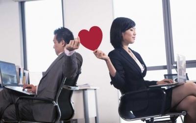 Nikah Satu Kantor, Ini Warna-warni Kisah Pasangan Bekerja Sekantor