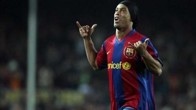 Ronaldinho, Seniman Bola nan Jenius Itu Akhirnya Pensiun