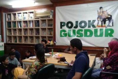 Mengingat Toleransi dan Pluralisme dari Pojok Gus Dur