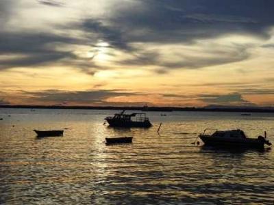 Menikmati Sunset di Pantai Banua Patra Balikpapan