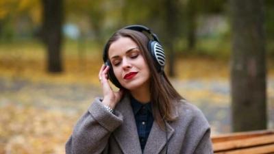 Mendengar Musik yang Sehat