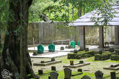 Makam Tumenggung Jayengrono di Pulung Merdiko dan Mitosnya
