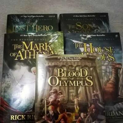 Percy Jackson dan Mitologi LGBT dari Rick Riordan
