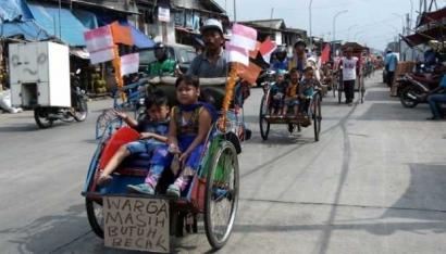 Becak dan Motor Biang Kemacetan Jakarta?