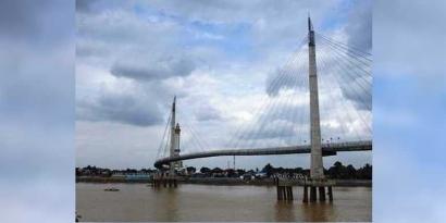 Meniti Jembatan Gentala Arasy di Jambi