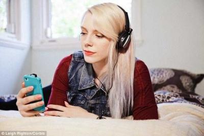 Alasan Mengapa Hari Ini Saya Masih Mendengarkan Radio