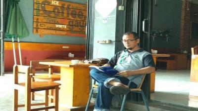 Di Aceh, Membimbing Skripsi dalam Kedai Kopi