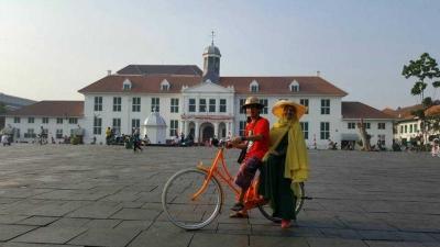 Merajut Cinta di Kota Tua Jakarta