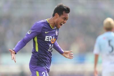 Pemain Thailand Curi Perhatian di J League