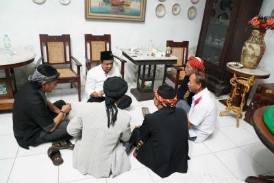 Kang Anton Cinta Budaya Sunda