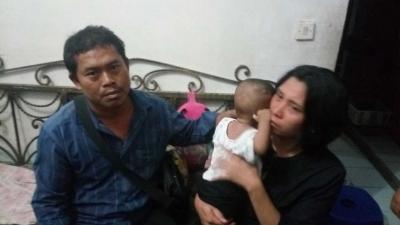 Depresi, Wanita Ini Pergi dari Rumah Membawa Bayinya
