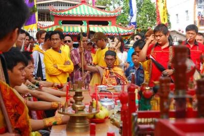 Festival Chue Lak: Jamuan Minum Arak Para Dewa