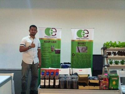 Energi Terbarukan Mini Briket Batok Kelapa