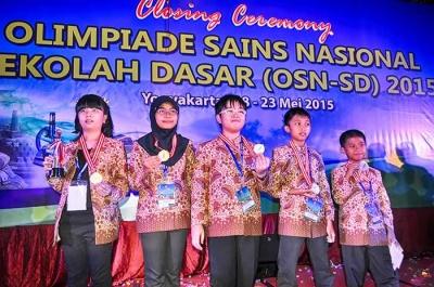 Apakah Hanya Saya yang Masih Menganggap Indonesia Baik-baik Saja?