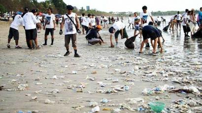 Pulau Bali dan Sampah Plastik
