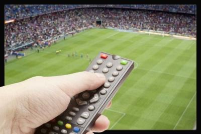 Tayangan Sepak Bola, Persaingan Besar TV Swasta