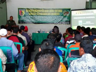 Pabung Kodim 0815 Bekali Materi Kebhinekaan pada Pembinaan Jaring Teritorial