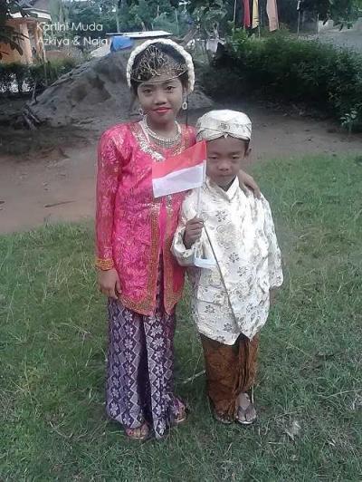 Istri dan Anakku, Jadilah Kartini di Hati Suami dan Ayahmu
