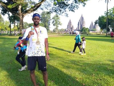 Playon Bersama Mandiri Jogja Marathon di Prambanan