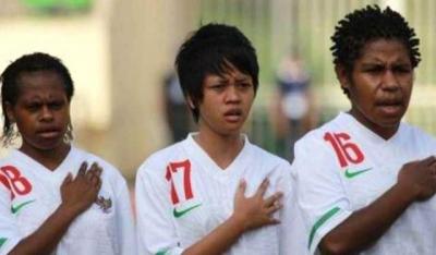 Potret Wanita dalam Bingkai Sepak Bola Indonesia