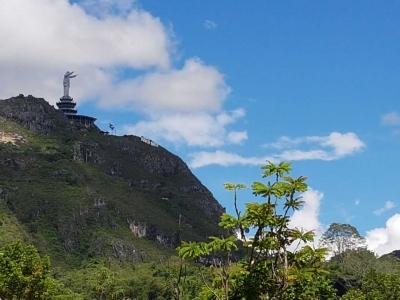 Buntu Burake, Wisata Religi Hadirkan Patung Yesus Bernuansa Pegunungan