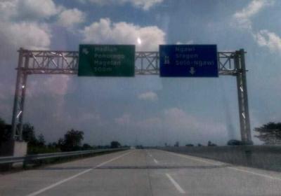 Pengalaman Gratis Melewati Jalan Tol Kertosono - Solo