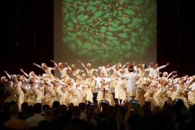 Paduan Suara Indonesia The Resonanz Children's Choir Bersyukur Ukir Sejarah di Eropa
