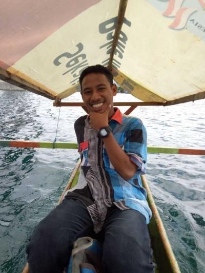 Menjelajahi Surga Kecil di Timur Indonesia (Teluk Ambon)