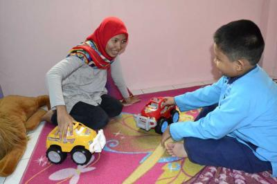 Penghambatan Bicara pada Anak (Pandangan Menurut Terapis Karunia Illahi Center)