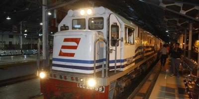 Tipikal Bos Berdasarkan Lokomotif Kereta Api