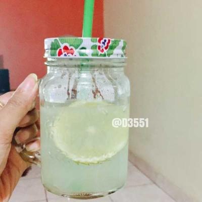 Minum Air Lemon Hangat Jadi Menu Wajib Saat Sahur