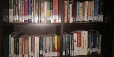 [Hari Buku] Membaca Lebih Penting Dibanding Menulis
