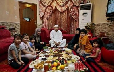 Berbuka Puasa bersama Keluarga, Sebuah Bahagia yang Sederhana