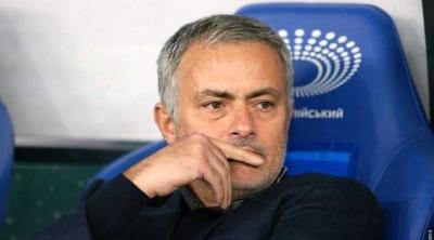 Kasihan Mourinho, Musim Ini Tanpa Gelar?