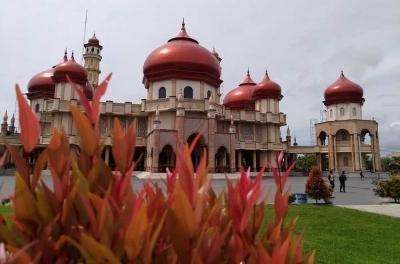I'tikaf Cinta di Masjid Kubah Orange