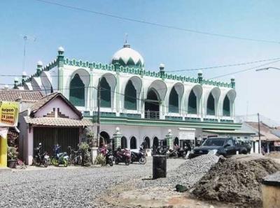 Mengunjungi Masjid Favorit, Jami Al Mubarok