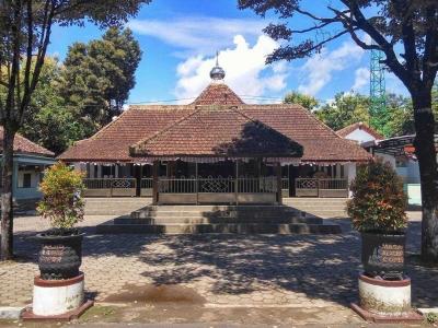 Mbah Jemirin dan Cerita Masjid Odotan Coper Jetis