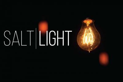 Pentakosta, Asin, dan Cahaya