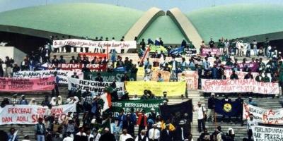 Membangun Koalisi Besar Indonesia