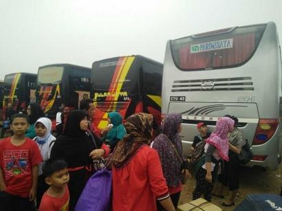 Perjuangan Demi Selembar Tiket Bus untuk Mudik