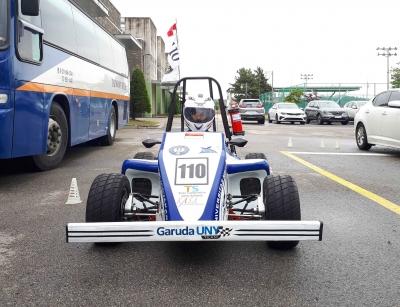 Mahasiswa UNY Meraih Gelar Tertinggi Pada Kompetisi Mobil Hybrid di Korea