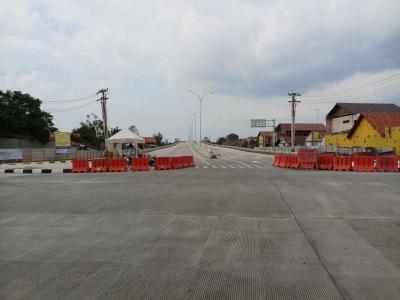 Jelang Mudik, Traffic Light Dipasang di Pintu Tol Tegal