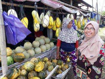 Pasar Buah Dadakan, Hanya Ada di Bulan Ramadan