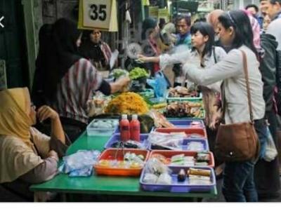 Ngabuburit di Pasar Dadakan Ramadan