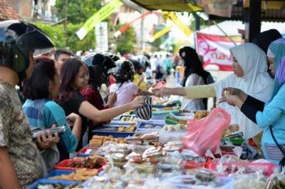 Pasar Ngabuburit UGM, Jawaban Tempat Cari Takjil Mahasiswa Jogja