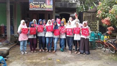 Sepak Terjang Para Relawan Borobudur