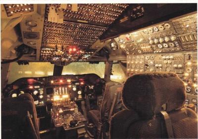 Terbang Bersama Pesawat Jadul di Aviodrome
